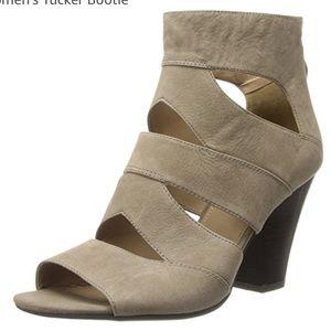 Frankie Sarto leather gladiator heeled sandals
